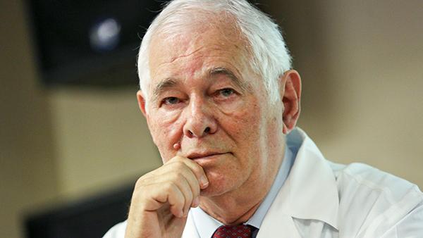Рошаль призвал сделать COVID-вакцинацию обязательной