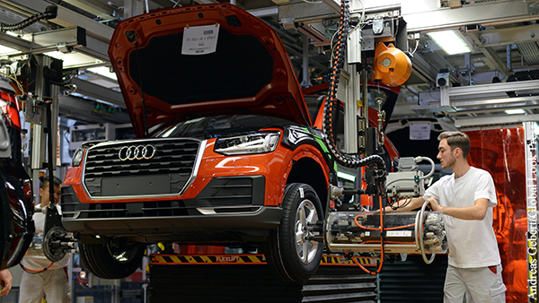 Концерн Audi объявил об отказе от автомобилей с двигателями внутреннего сгорания