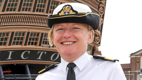 Впервые в истории ВМС Британии звание контр-адмирала решили присвоить женщине
