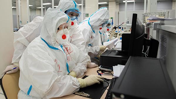 В России выявили 9,5 тыс. новых случаев коронавируса