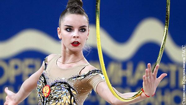 Дина Аверина выиграла три золотые медали на ЧЕ по художественной гимнастике