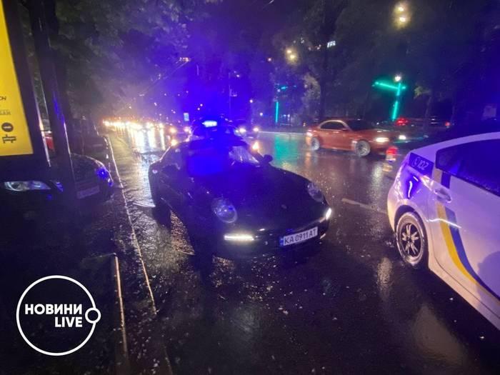 Полиция 'повязала' пьяного Вячеслава Шевчука