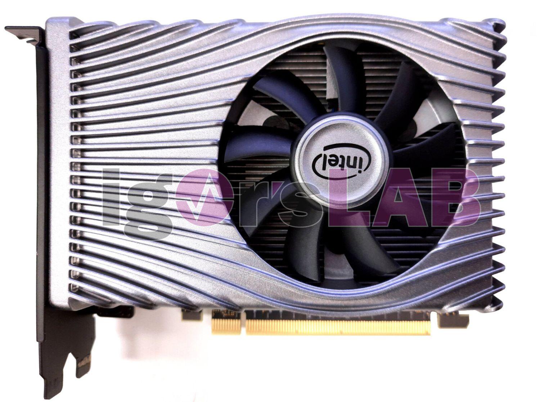 Появились первые изображения видеокарты Intel Xe DG1 SDV