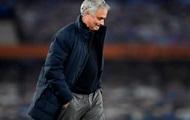 Тоттенхэм отправил Моуринью в отставку с поста главного тренера