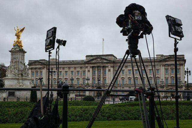 Как британской королевской семье удается выпутываться из любых скандалов. Спойлер: умелая работа с прессой