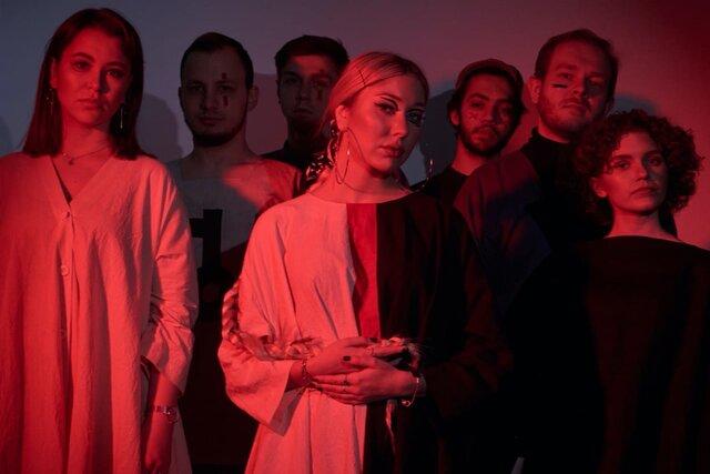 Заветный столб народной песни. Петербургская группа Settlers смешивает фолк с джазом — и это очень круто! Премьера альбома и интервью на «Медузе»
