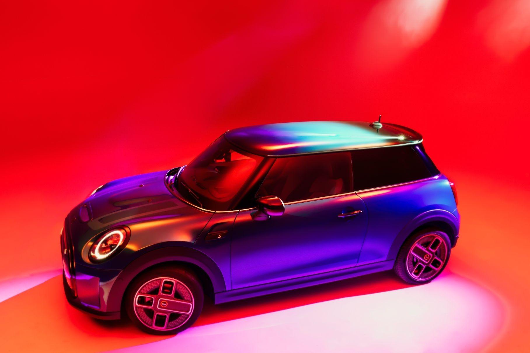MINI раскрыла сроки полного перехода на электромобили