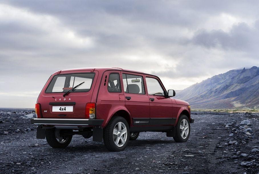 Длиннобазную Lada Niva Legend отправят в отставку раньше срока