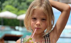 Кто поздравил и не поздравил Алису Юнусову с 7-летием