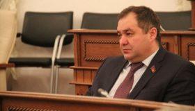 Взятка полковнику: алтайский депутат-единоросс пойдет под суд