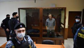 «Красная зона» для Навального: источники сообщают об отправке «важного осужденного» в колонию