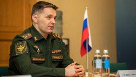 Вечеринка и неприличные жесты: МИД Латвии выразил протест из-за поведения российского дипломата