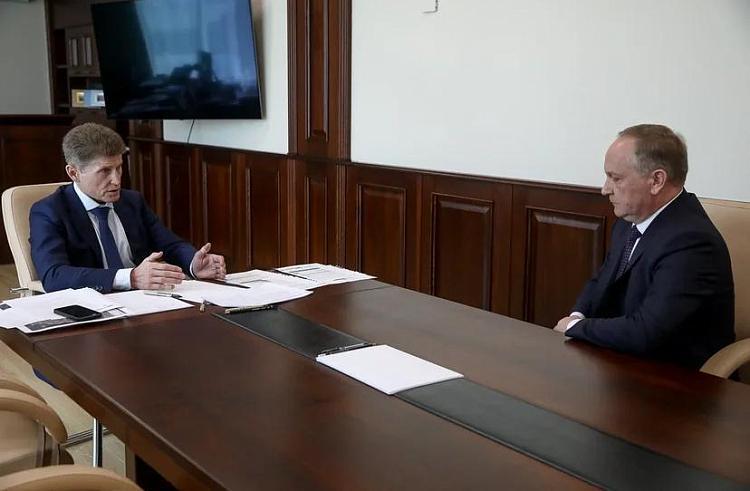 Губернатор Приморья остался недоволен работой мэрии Владивостока