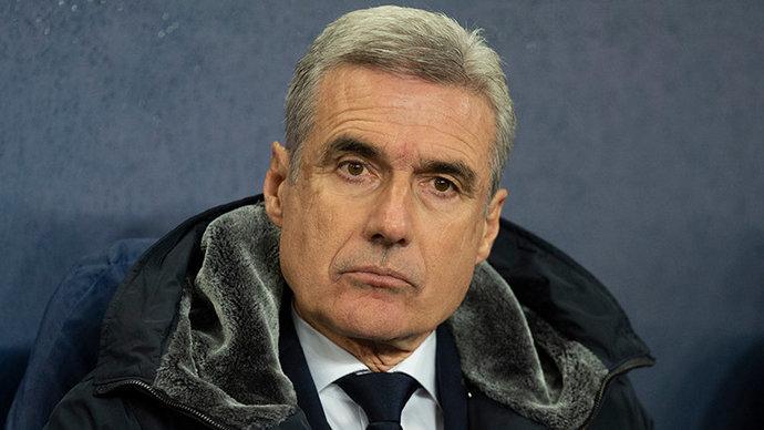 Каштру объявил об уходе с поста главного тренера «Шахтера»