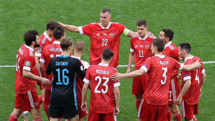 Около 35 сотрудников посольства России посетят матч с Данией на Евро