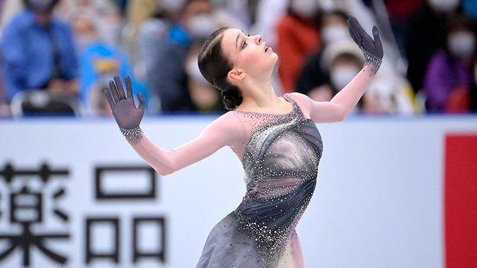 Щербакова победила в произвольной программе на командном ЧМ, Туктамышева — третья