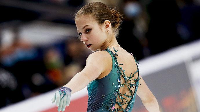 Трусова выполнила пять четверных прыжков в произвольной программе на ЧМ, но дважды упала