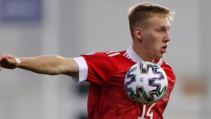 Маслов пропустит матч против Дании на молодежном чемпионате Европы из-за перебора желтых карточек