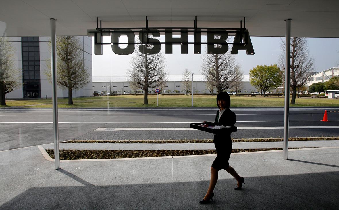 Инвестиционный фонд предложил $18 млрд за покупку Toshiba