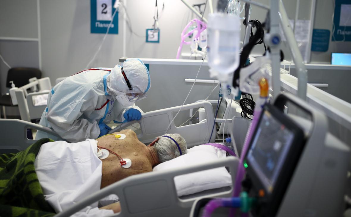 Вирусологи оценили данные о повышающих риск смертности от COVID симптомах