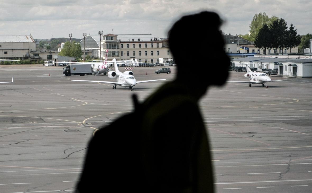 Украина прекратила авиасообщение с Белоруссией