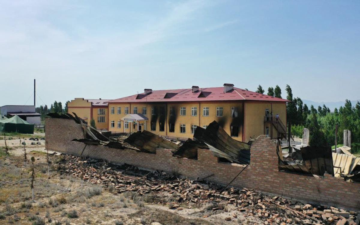 Жапаров предложил создать комиссию из старейшин ради мира с Таджикистаном