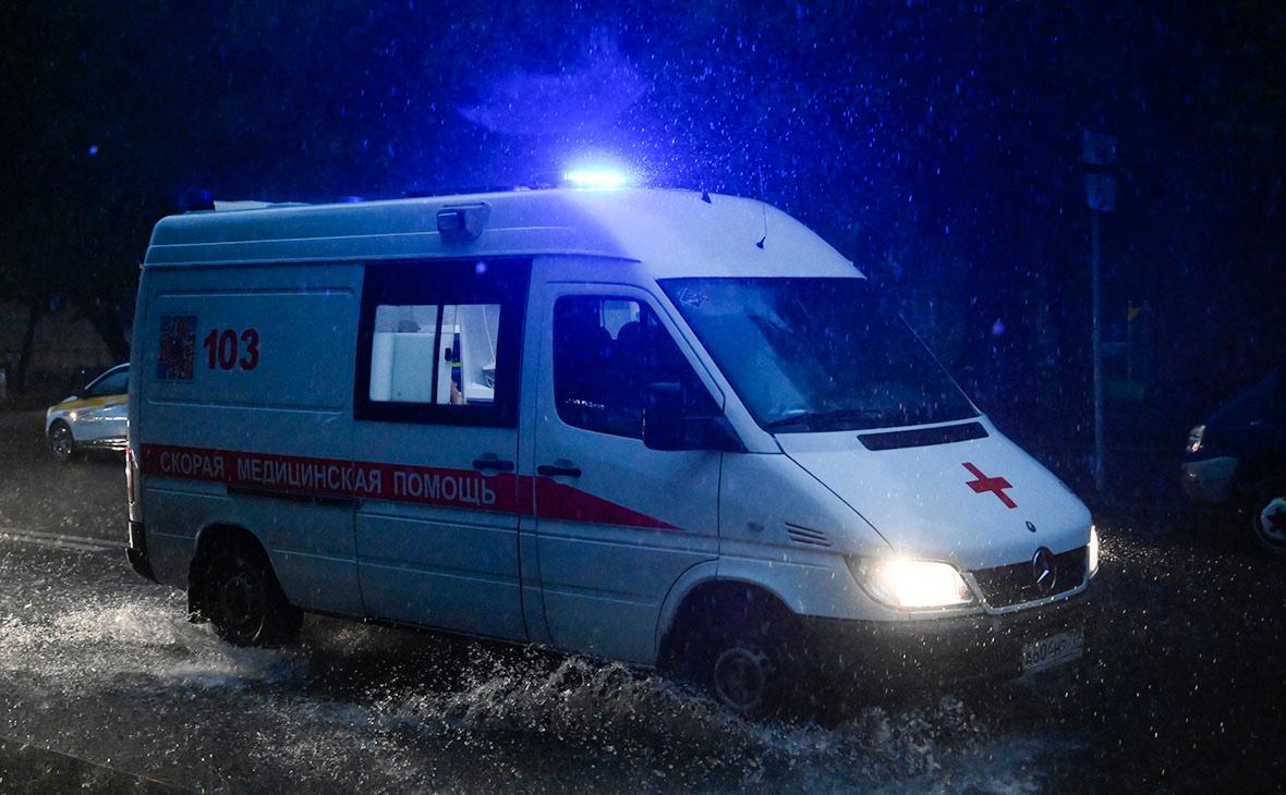 В Подмосковье пенсионерка погибла из-за упавшего в грозу дерева