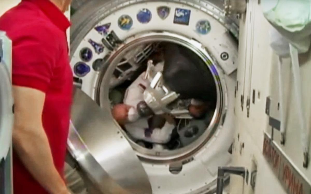 Экипаж корабля «Ю.А.Гагарин» перешел на МКС