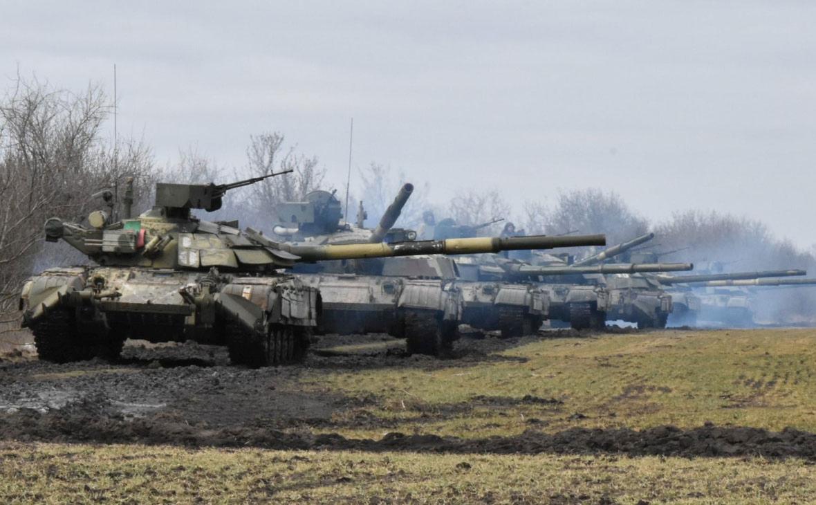 Украина провела военные учения на границе с Крымом