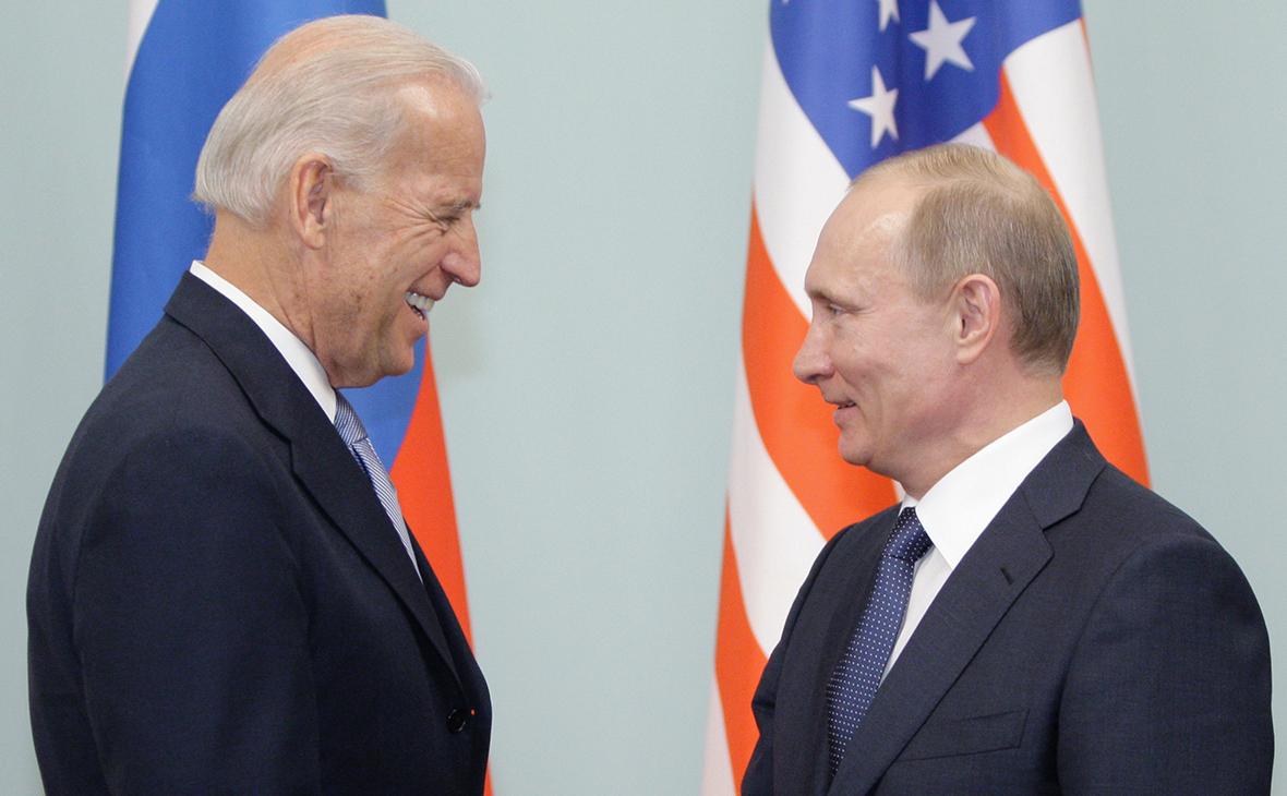Организации США призвали Байдена к «конструктивным переговорам» с Путиным