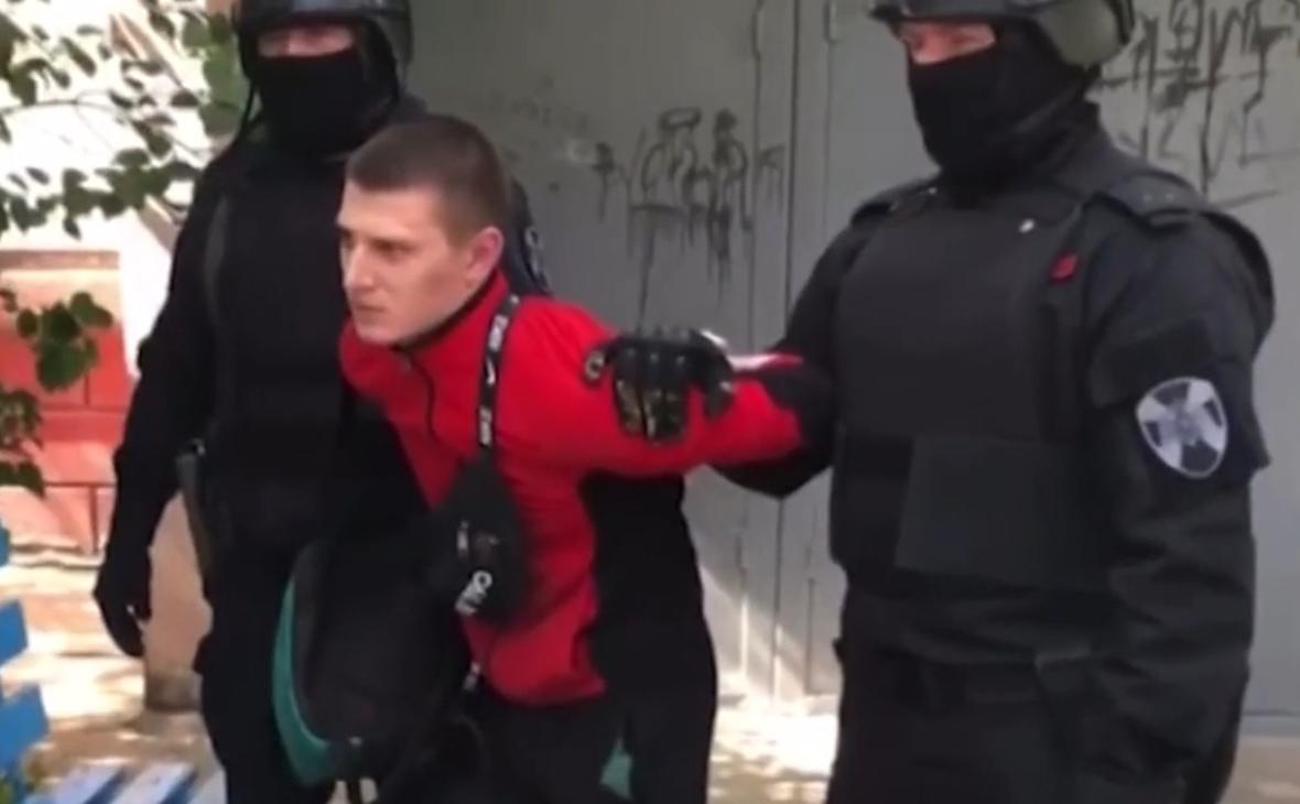 Суд арестовал обвиняемых в краже у сидевшего рядом с Путиным ветерана