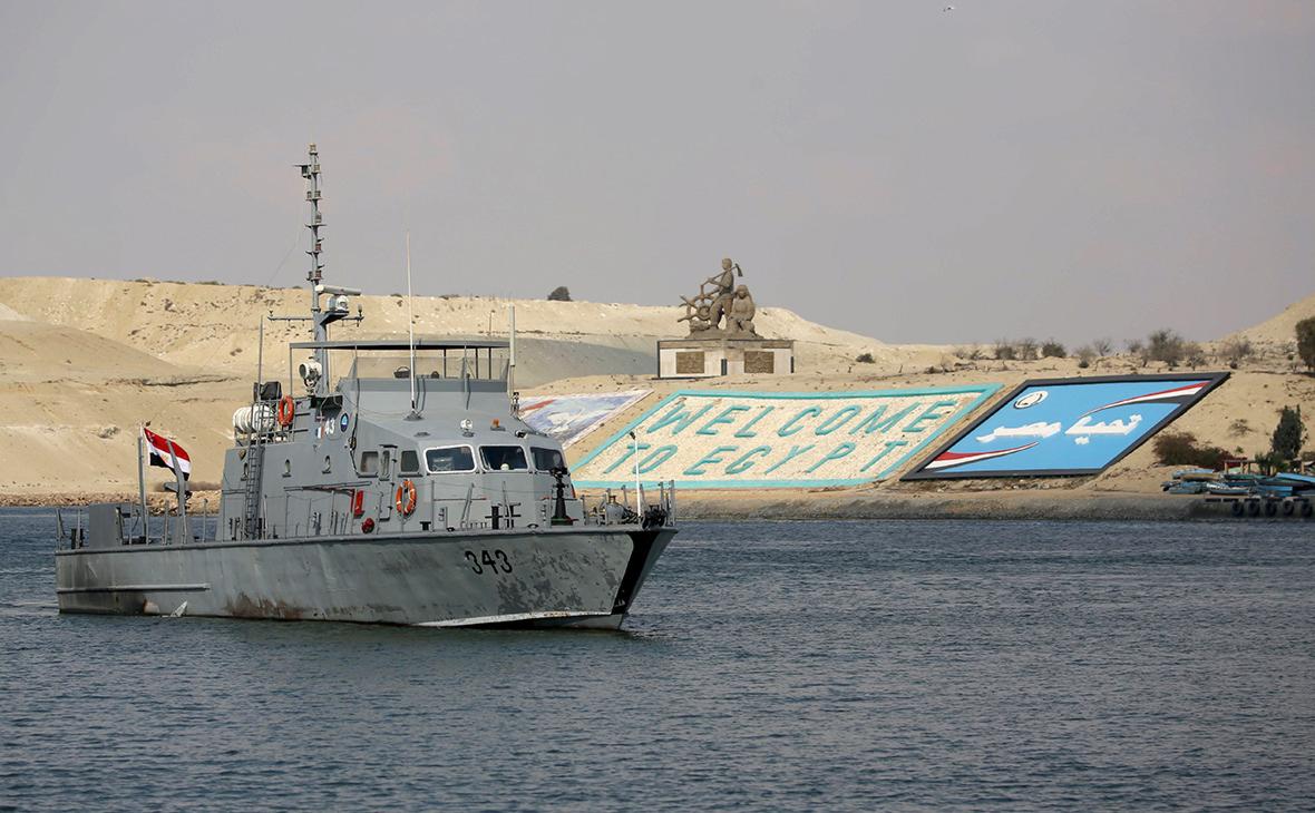 Неполадки с танкером вызвали новые проблемы в Суэцком канале