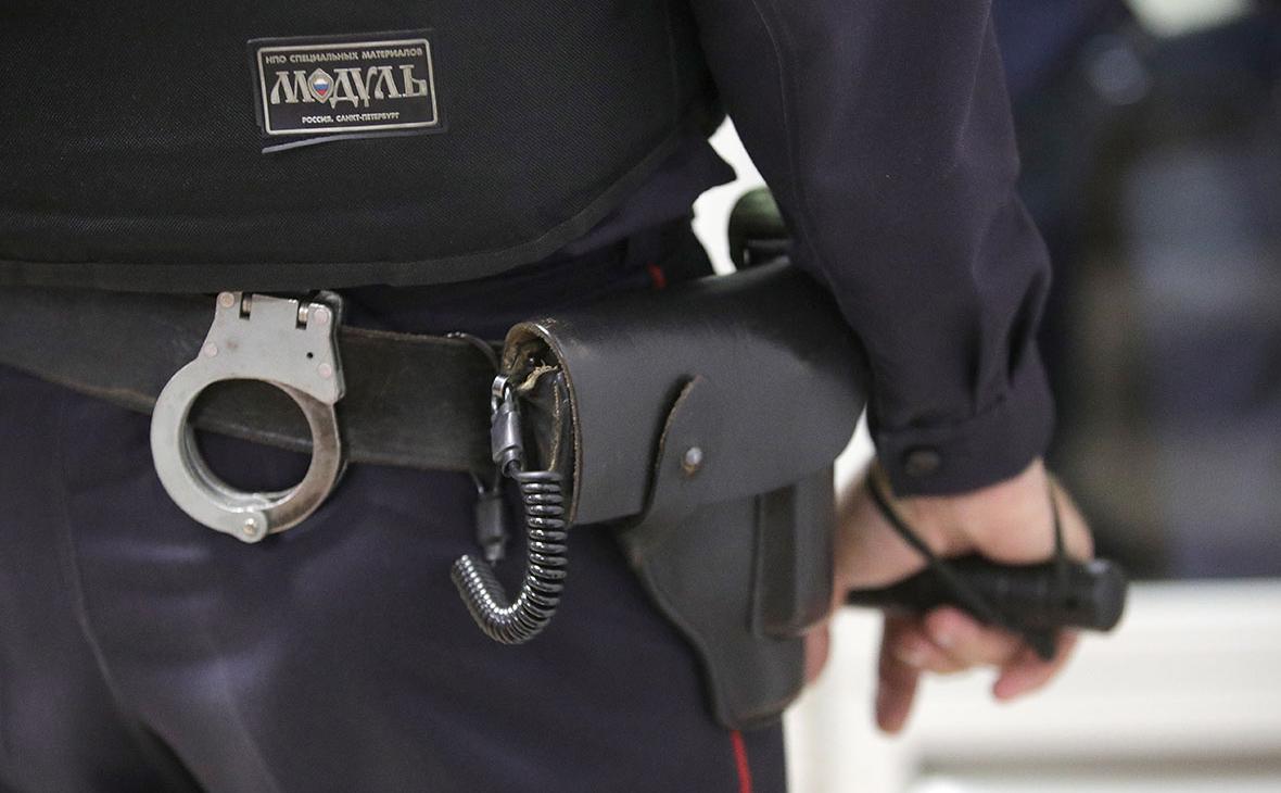 В Москве арестовали политолога по подозрению в госизмене