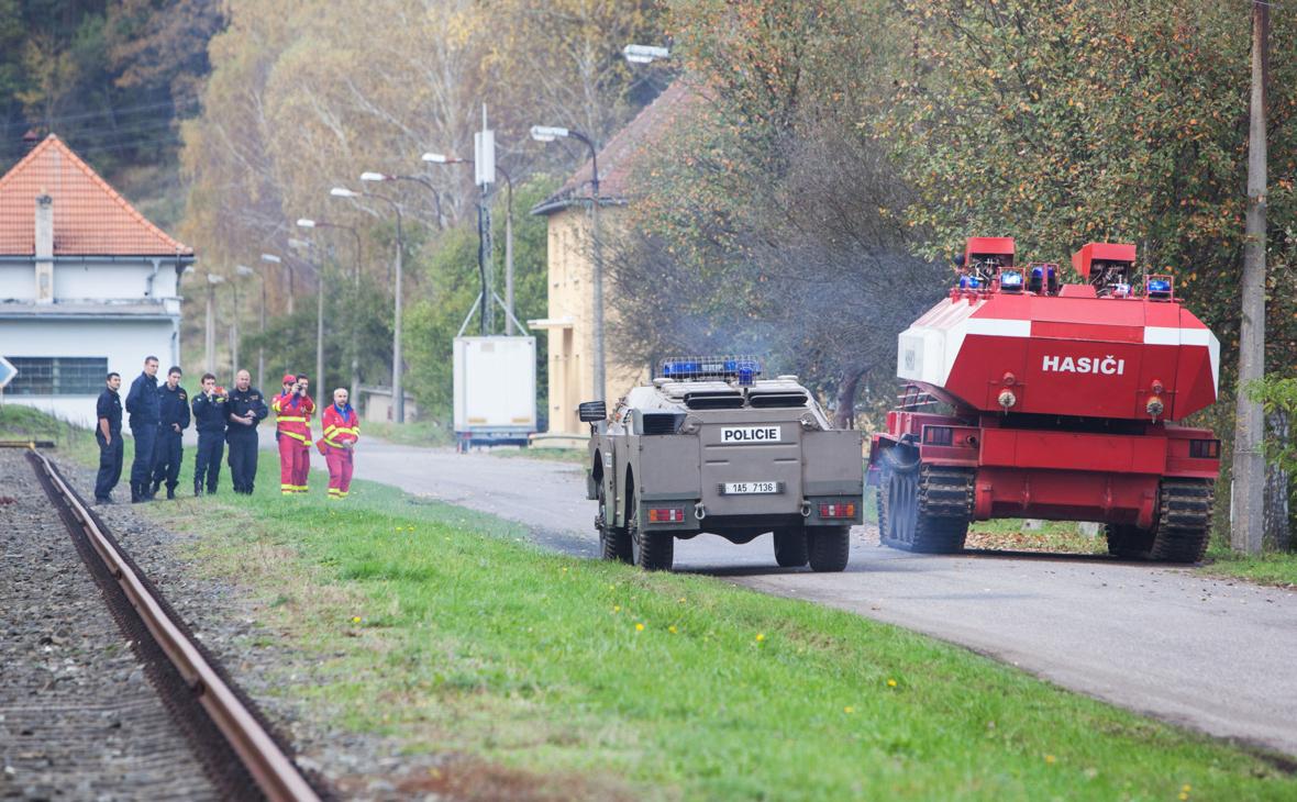 Чехия обсудит в ЕС причастность спецслужб России к взрыву в Врбетице
