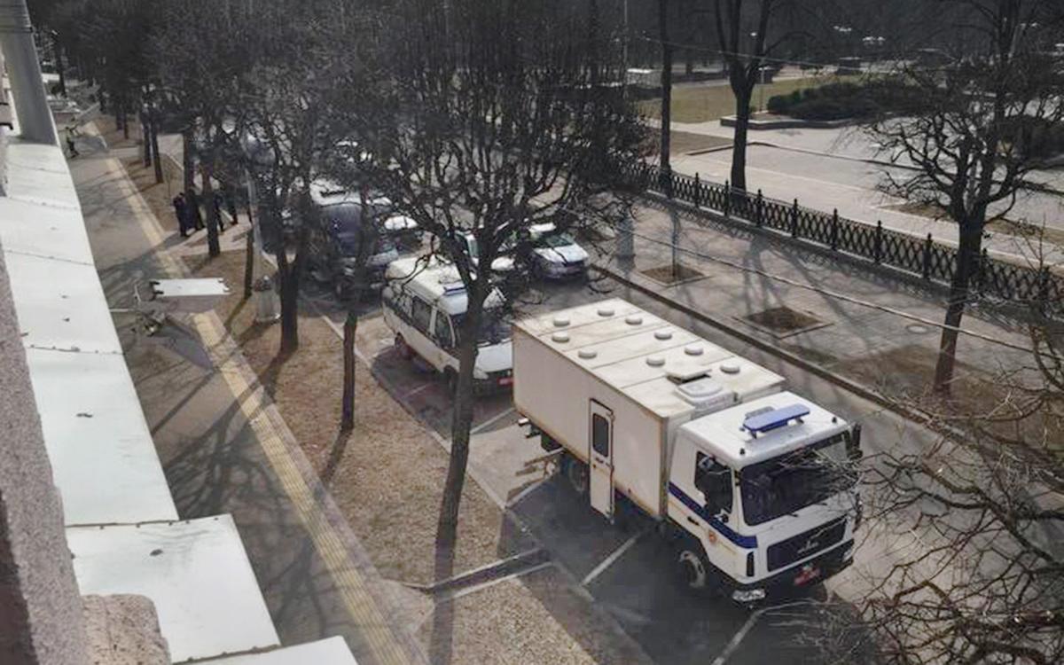 В Минске перед акцией оппозиции появилась спецтехника