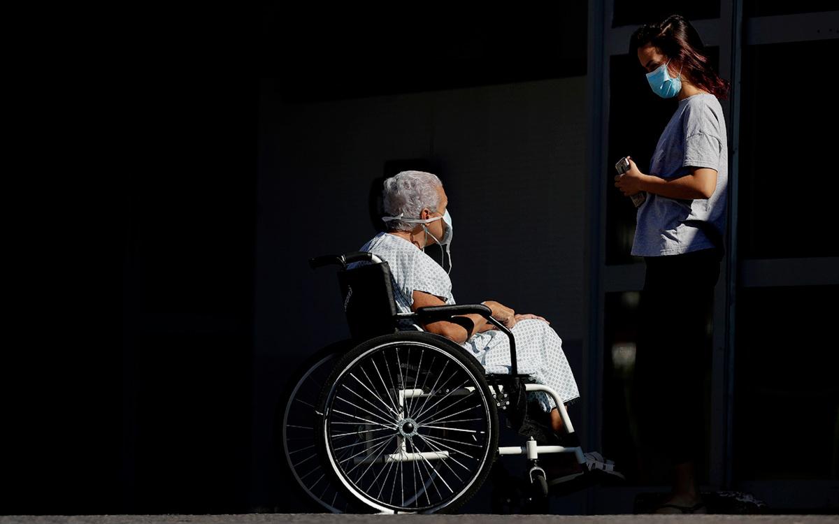Число жертв COVID-19 в мире превысило 3 млн человек