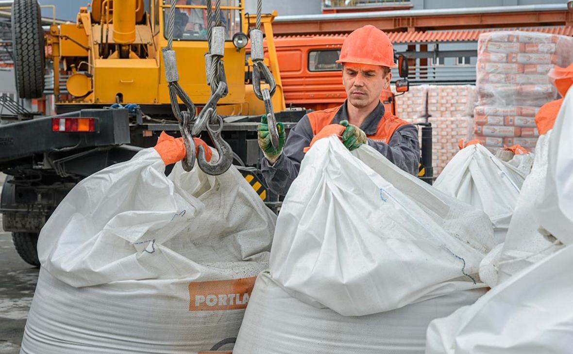ФАС выставила условия для покупателя крупнейшего производителя цемента