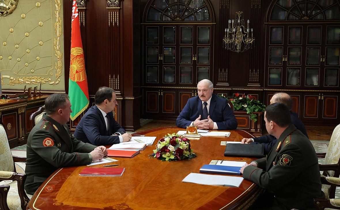 Лукашенко не исключил размещения в Белоруссии самолетов ВВС России
