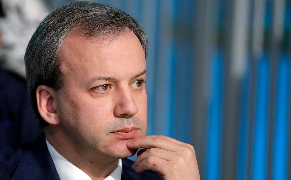Дворкович заявил о двухлетних переговорах с Маском о Tesla в России