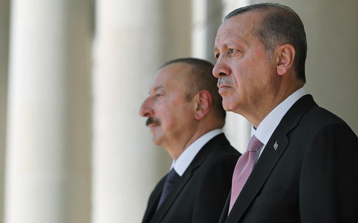 Эрдоган обсудил с Алиевым признание президентом США геноцида армян