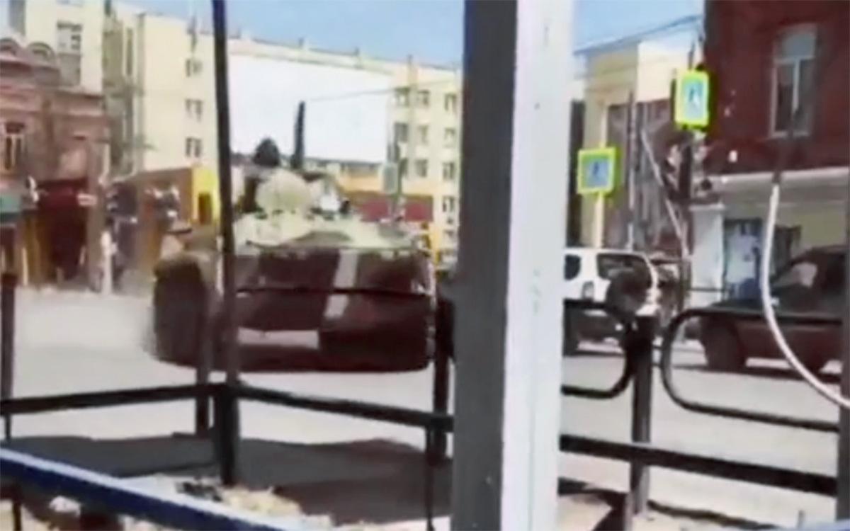 Эксперты объяснили «полосы вторжения» на российской военной технике