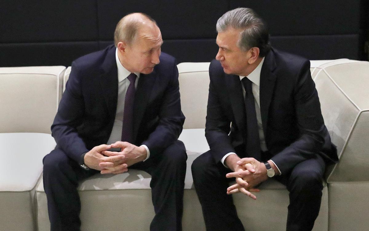 Путин обсудил с президентом Узбекистана производство вакцины