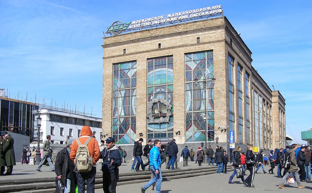 РЖД выставят на торги здание билетного агентства у метро «Комсомольская»