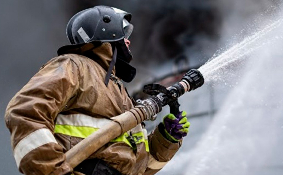 При пожаре на углеобогатительной фабрике в Кузбассе погиб человек
