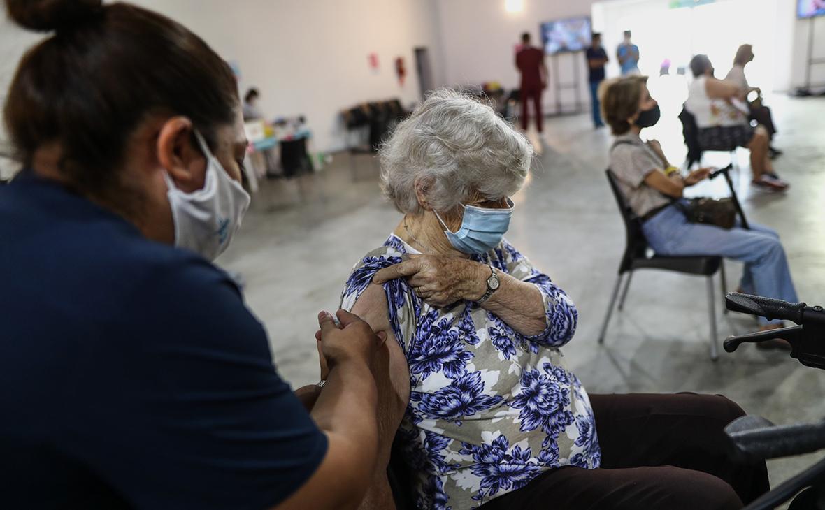 СМИ узнали о нехватке второго компонента вакцины «Спутник V» в Аргентине
