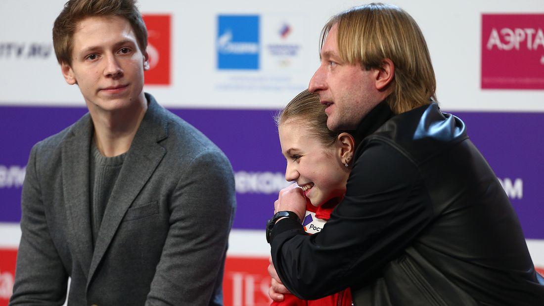 Плющенко – Трусовой: «Мы никому не проиграли! Ты добьешься самых высоких вершин!»