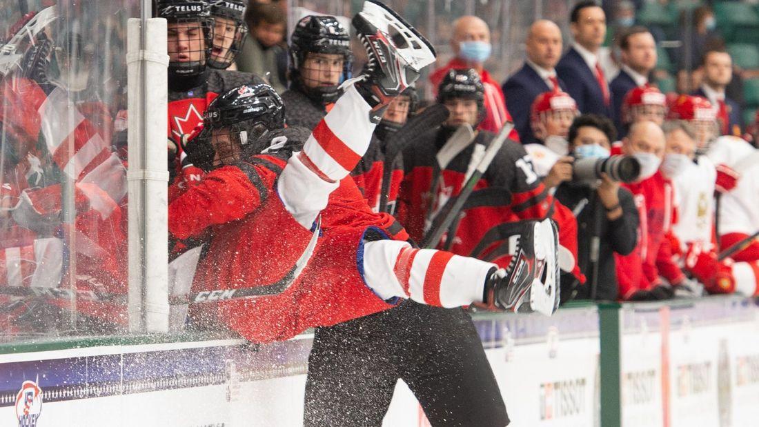 Россия снова осталась без золота – в финале проиграли Канаде. Черная серия юниоров продолжается уже 14 лет