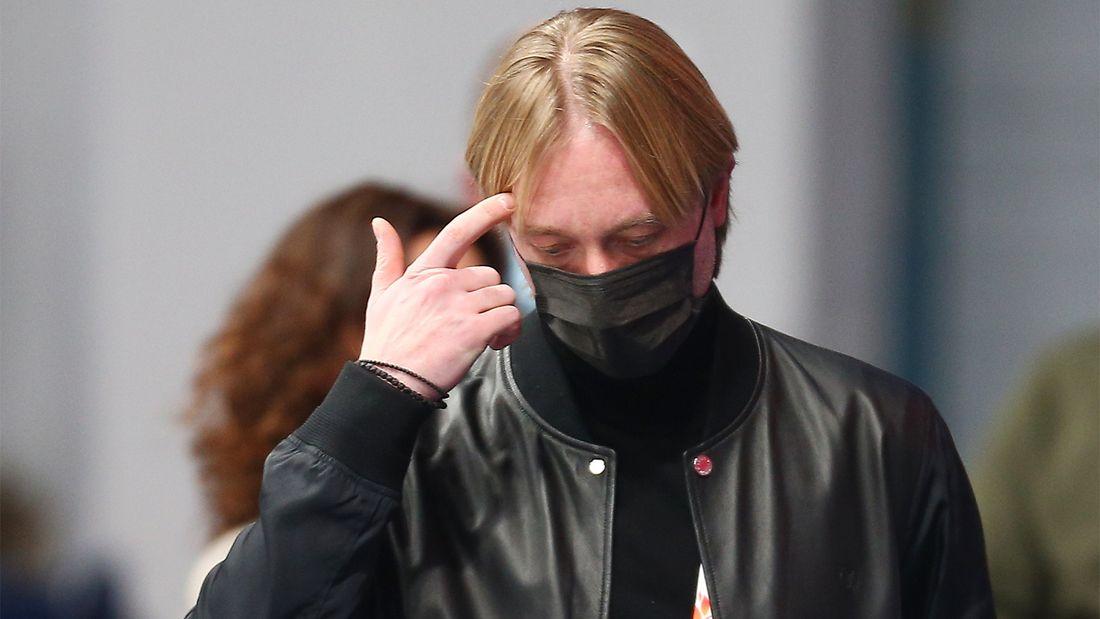 Плющенко обвинил судей в лояльности к команде Тутберидзе: 'Мою школу топят уже без стеснений. Куда мы катимся?'