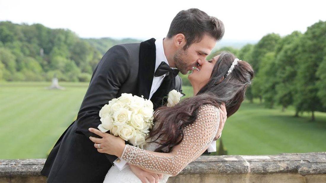 «Это было лучшее решение в моей жизни». Фабрегас трогательно поздравил красавицу-жену с годовщиной свадьбы
