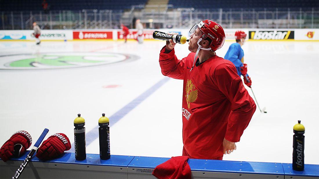 Защита всегда была слабейшей линией сборной России. Но на чемпионате мира-2021 надежна только на нее